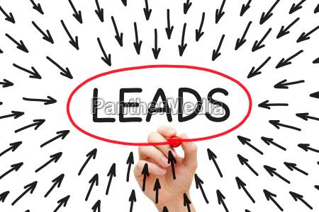 lead generation pfeile konzept