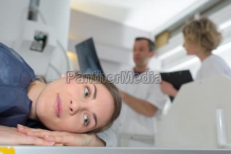 arzt mediziner medikus forschung augen laser
