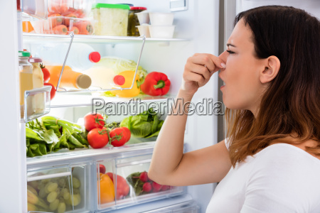woman noticed smell in front of