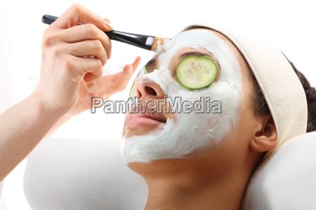 kosmetische erlegt feuchtigkeit auf das gesicht