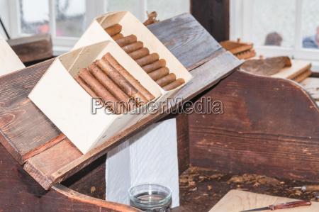 traditionelle herstellung von zigarren