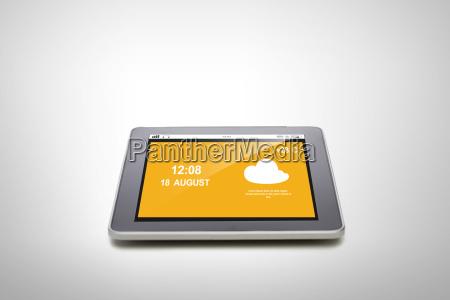 nahaufnahme von tablet pc mit sommer