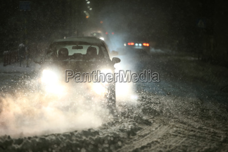 traffic at snowfall