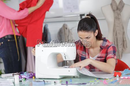 junge kleidung designer machen muster von
