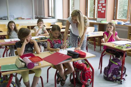 lehrer an der klasse