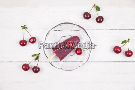 sour cherry ice lollies and cherries