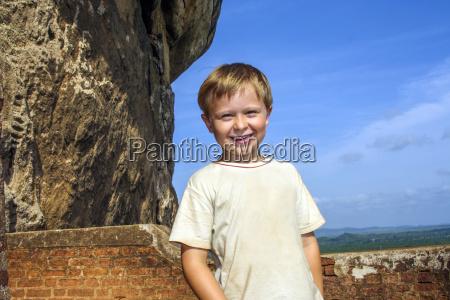 blau lachen lacht lachend belaecheln kichern