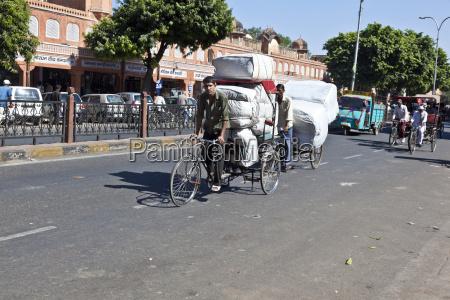 fahrradrikschas in den strassen