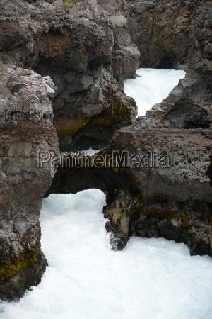 hvita am barnafoss island