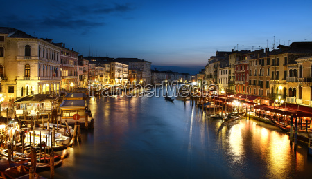 grand canal at night venice
