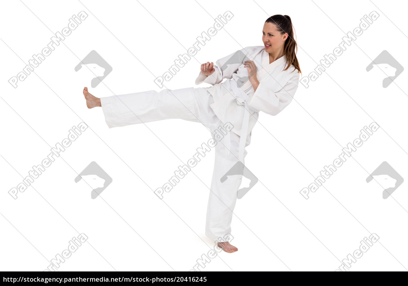 kämpfer, der, karatestellung, durchführt - 20416245