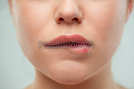die nahaufnahme schuss von frau lippen