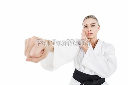 uebender judo des weiblichen athleten