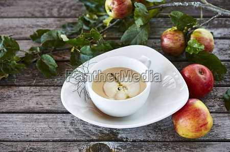 foamy apple soup
