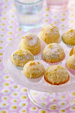 steamed orange cakes with glaze and
