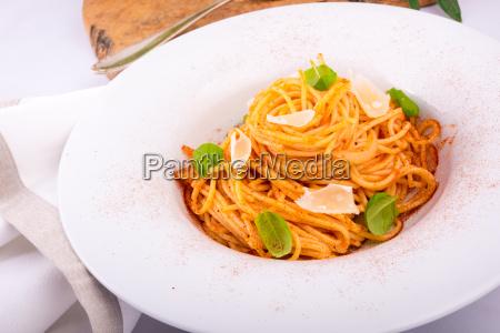 pasta with cherry tomatoes garlic and