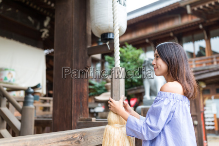 woman visit japanese temple