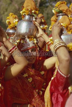 women at jain festival jaipur rajasthan
