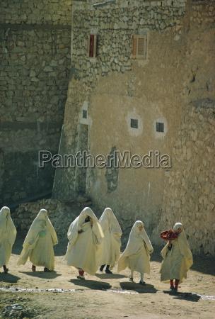 frauengruppe algerien nordafrika afrika