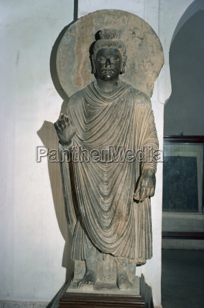 statue of the buddha from taxila