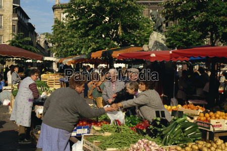 outdoor vegetable market at st michel