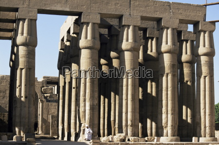 fahrt reisen tempel farbe afrika saeulen