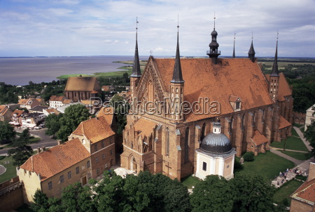 cathedral dating from the 14th century