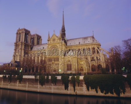 notre dame cathedral by the river