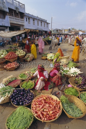 fruit and vegetable sellers in the