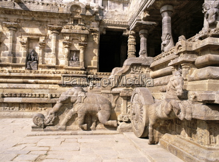 balustrade carved elephant and shivas chariot