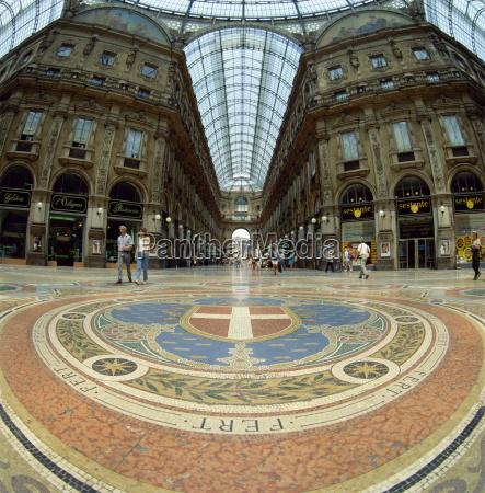 mosaikboden in der galleria vittoria emanuele