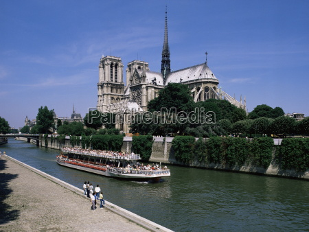 notre dame cathedral from quai de