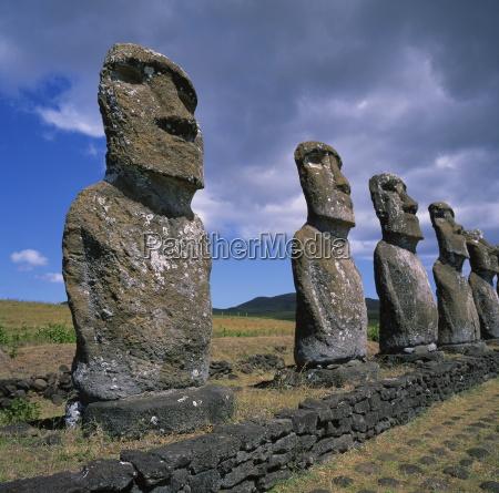 moai statuen ahu akivi osterinsel rapa
