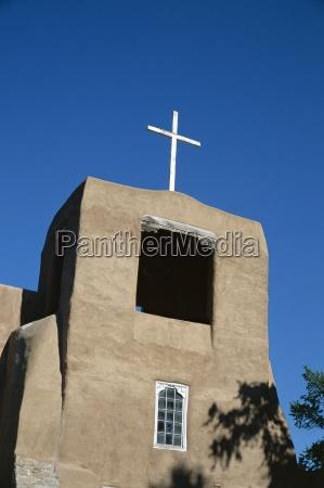 fahrt reisen religioes kirche glaeubig symbolisch
