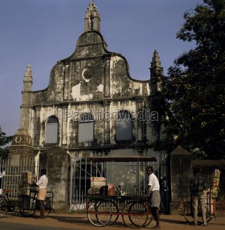 fahrt reisen religioes kirche glaeubig farbe