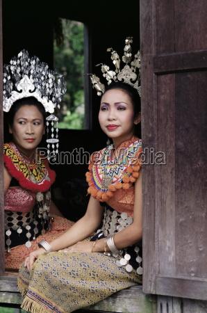 ban women cultural village sarawak malaysia