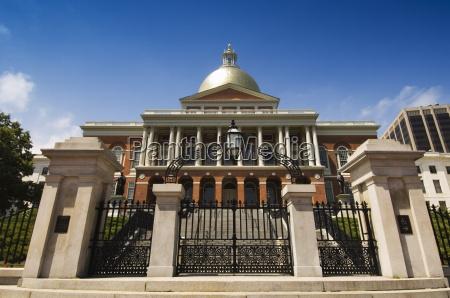 the massachusetts state house 1798 designed