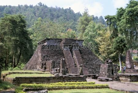 der tempel von candi sukuh aus
