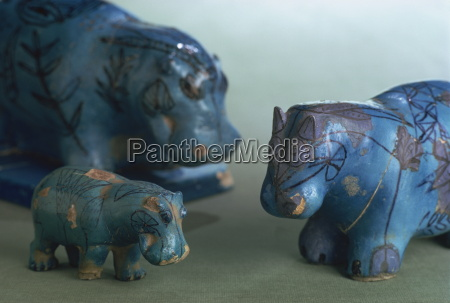 faience animals from the 11th dynasty