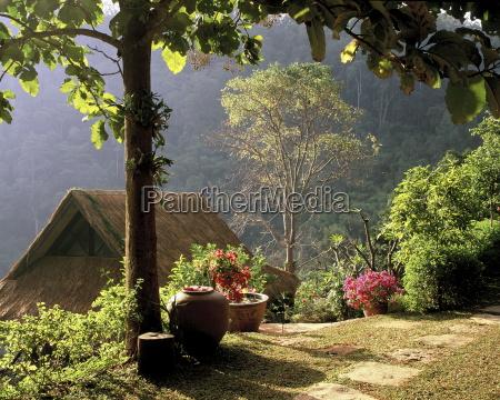 friedliche berglandschaft chiang mai thailand suedostasien