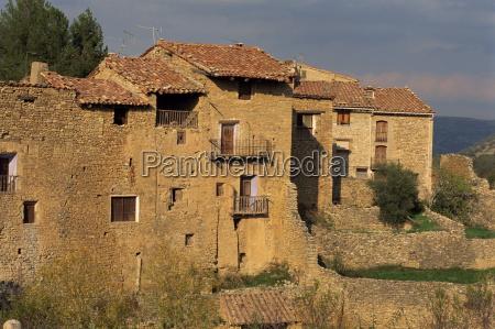 houses at mirambel el maestrazgo in