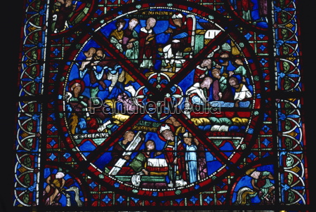 stained glass window of les reliques