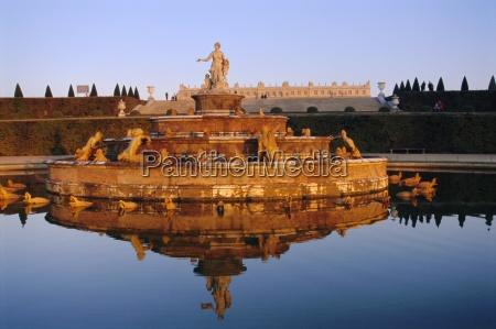 bassin latone chateau de versailles ile