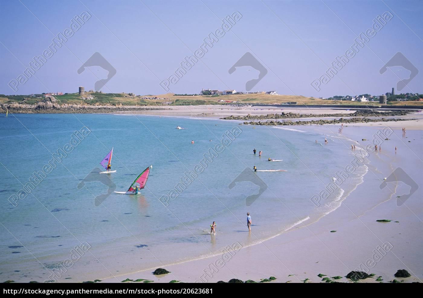 l'ancresse, bay, guernsey, kanalinseln, großbritannien, europa - 20623681