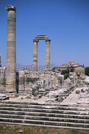 ruins of didyma altinkum anatolia turkey