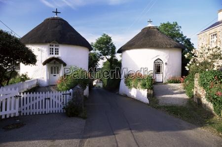 traditional cornish round houses veryan cornwall