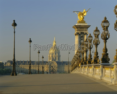 grand palais and petit palais with