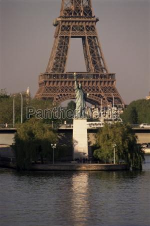 freiheitsstatue, und, eiffelturm, paris, frankreich, europa - 20625401