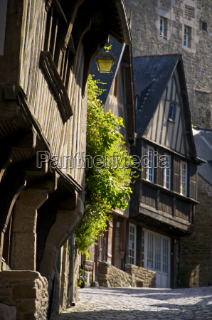 medieval corbelled and half timbered mansions