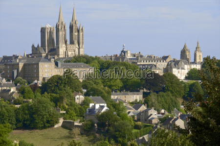 panorama with notre dame cathedral and